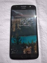 Moto G5splus -