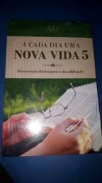 Título do anúncio: Livro Nova Vida 5