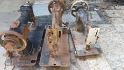 Título do anúncio: Três máquinas de costura vintage