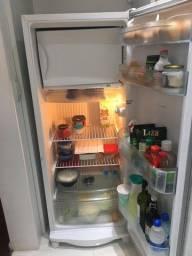 geladeira consul 261L