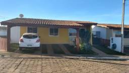 Casa à venda no Condomínio fechado Villa Verde - 3 quartos