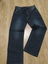 Calça jeans e moletom infantil
