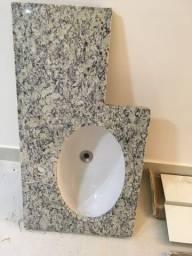 Pia em marmore para banheiro