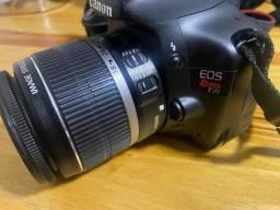 Título do anúncio: Camera Canon T2i com caixa e manuais + bolsa + 3 baterias