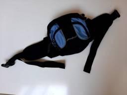 Título do anúncio: Bolsa de Cintura Pochete Preta e Azul Eddie Bauer