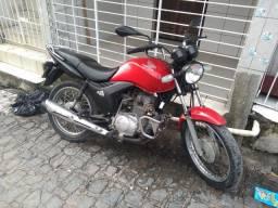 Moto Honda  125 Vermelha. ?