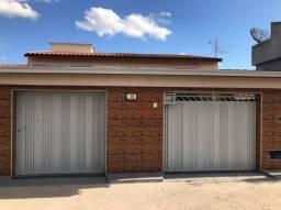 Título do anúncio: VENDO: Excelente Casa reformada com 2 dormitórios (1 suíte), 150 m² por R$ 215.000 - Urbis