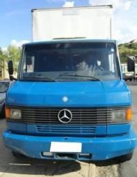 Título do anúncio: Mercedes-Benz 710