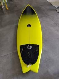 Prancha de surf 5'8 nova