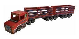 Título do anúncio: Caminhão Carrinho Boiadeiro 09 Eixos MDF - Infantil