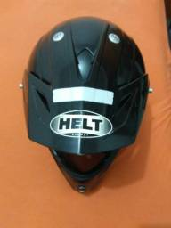 Vendo ou troco capacete Helt 150,00