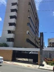 Apartamento Aldeota amplo com 03 quartos