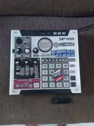 Sampler Roland SP555