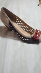 Sapatos novos Carmen steffens