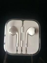Vendo fone de ouvido de iPhone e cabo primeira linha. Passo fundo