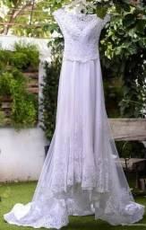 Vestido de Noiva Bordado Estilo Princesa com Renda (Ateliê Nerci Oliveira)