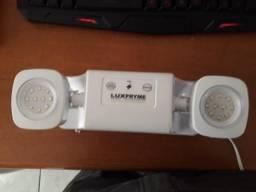 Luminária De Emergência 1200 Lumens Com Bateria Lançamento Bivolt 110/220v