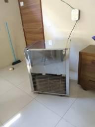 Maquina de Picolé pc-524 220v para 5 Formas Refriarte
