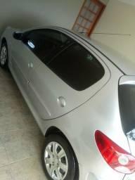 Vende-se Peugeot 207 COMPLETO - 2012