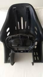 Cadeirinha bicicleta + capacete