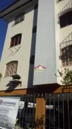 Apartamento com 3 dormitórios para alugar, 100 m² por R$ 750,00/mês - Fátima - Fortaleza/C