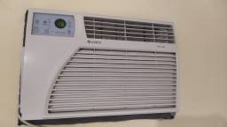 Ar condicionado com controle remoto