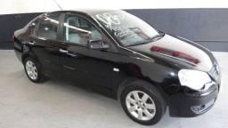 VW Polo Sedan 1.6 Confortline - Flex