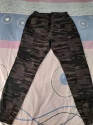 Calça camuflada Jogger M