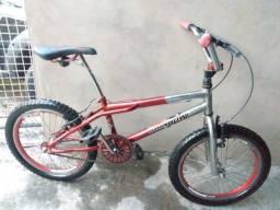 Bicicleta croszinha cromada ARO 20