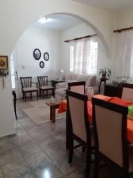 Casa localizada no Bom Pastor em Varginha - MG