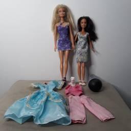 Título do anúncio: Bonecas Barbie e acessórios