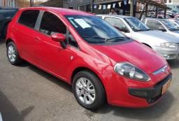 Título do anúncio: Fiat Punto attractive 1.8