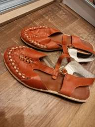 Sapato de couro caramelo alaranjado - tamanho 36 - estilo nordestino