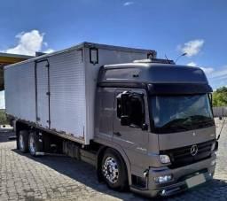 Vendo Mercedes Atego 2425 Baú Ano 2011