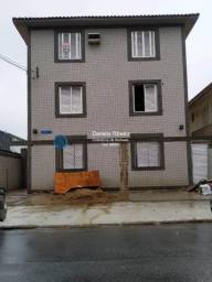 Título do anúncio: Frente! 2 dormitórios com garagem