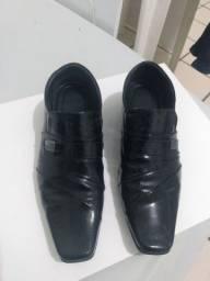 Título do anúncio: Sapato social número 40