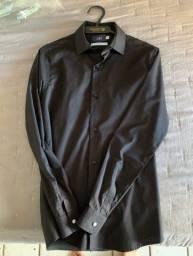 Título do anúncio: Camisa social preta da Ciao