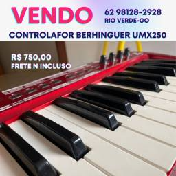 Controlador Behinder UMX250
