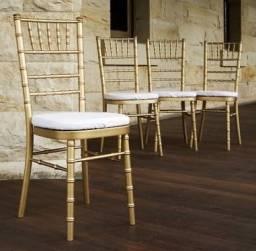 Título do anúncio: Cadeiras Tyffani disponível para aluguel .