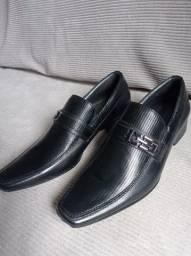 Lindo Sapato social masculino novo