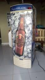 Cervejeira vertical metalfrio 390L