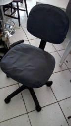 De R$120 por R$90**** Oportunidade Cadeira Giratória