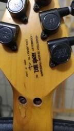 Guitarra OLP - Licensed Ernie Ball (Music Man)- Equipada com Captadores Dimarzio