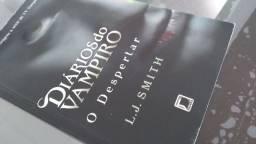 Livro Diário de um vampiro