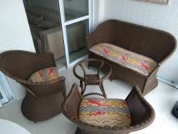 Conjunto de Vime com sofá, duas poltronas e mesinha