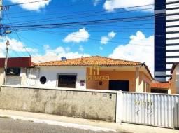 Casa na Av.Tito Silva para locação comercial