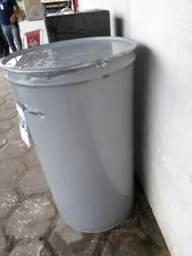 Latão de 200 litros