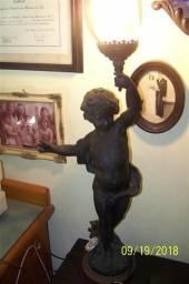 Antiga luminária em bronze artístico
