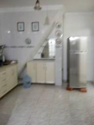 Casa em Cachoeirinha 2qtos semi mobiliada