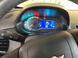 Gm - Chevrolet Onix Carro Ônix_baixa quilometragem - 2014